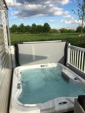 Sunbeach Spas: Product image 1