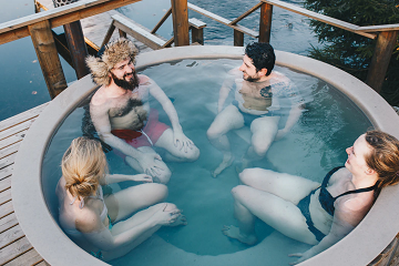 The Holiday Park & Resort Innovation Show : Saunas, steam rooms and hot tubs: how holiday parks