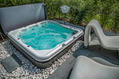 Wizard Hot Tubs: Product image 2
